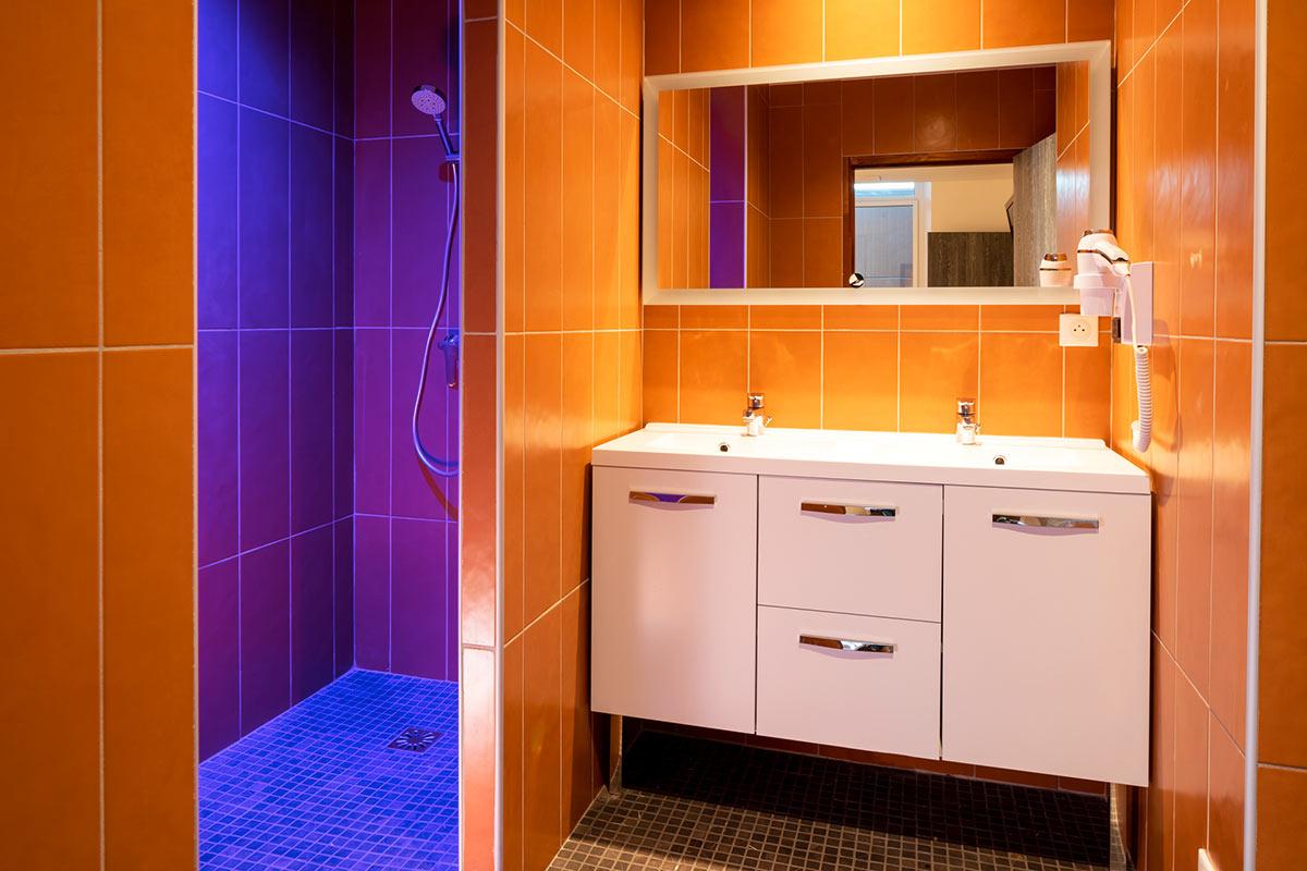 Salle de bain Résidence le Commerce