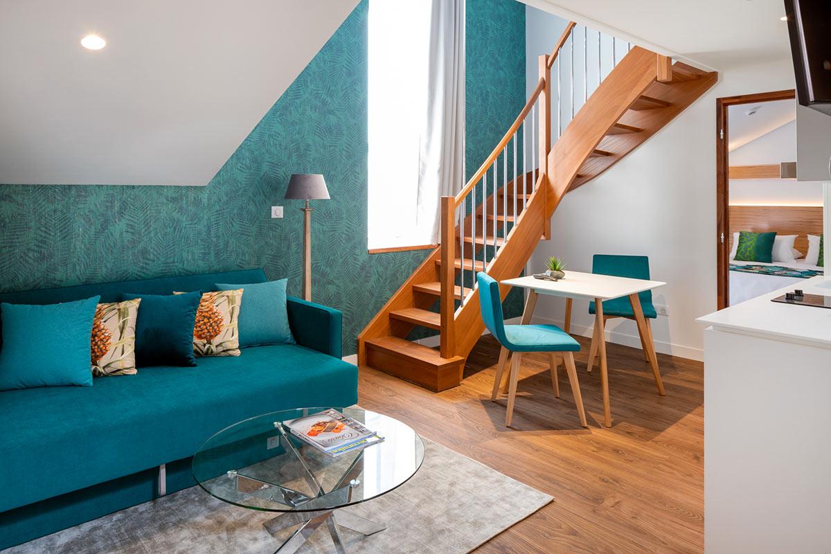 Résidence Le Commerce Hôtel Haute-Garonne à St-Gaudens Appartements, Appart'hôtel à l'esprit familial. Long séjour, tourisme ou d'affaires.
